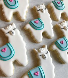 Amaretti pistachio and fennel seeds - HQ Recipes Iced Cookies, Cute Cookies, Royal Icing Cookies, Sugar Cookies, Cactus Cake, Almond Cream, Valentine Cookies, Valentines, Christmas Cookies