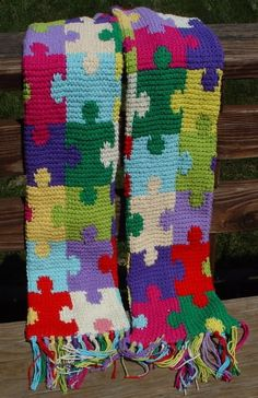puzzle scarf - tunisian crochet I love this as puzzles in the uk is the autism symbol