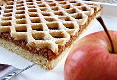 Hálós almás pite Apple Pie, Waffles, Baking, Breakfast, Food, Morning Coffee, Bakken, Essen, Waffle