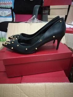 dorisfanny in aliexpress Low Heel Shoes, Low Heels, Shoes Heels, Kitten Heels, Fashion, Moda, Fashion Styles, High Heel
