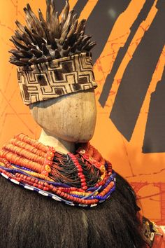 Rafiki: headpiece and collar