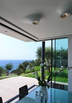 7 ads of luxury homes for sale in Bergeggi: on LuxuryEstate you will find thousands of ads in Province of Provincia di Savona selected by the best real estate agencies in the luxury sector. Real Estate Agency, Luxury Homes, Villa, Patio, Outdoor Decor, Home Decor, Luxurious Homes, Luxury Houses, Decoration Home