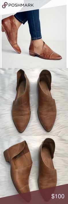 "Free People Royals Flat FP Royale Flat in Brown - Worn twice  Closed toe version of FP fave Mont Blanc Sandal, these leather flats are made with the finest Spanish craftsmanship. Leather flats feature side cutouts and a slight stacked heel.  FP Collection  Sizing Tip: This style runs true to size Leather  Product measurements Heel: 1.0"" = 2.54 cm Shaft: 3.75"" = 9.52 cm Free People Shoes Flats & Loafers"