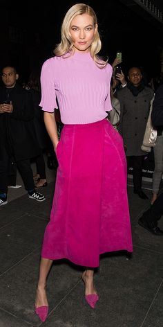 For the historic Carolina Herrera presentation, Karlie Kloss wowed in a lilac blouse tucked into a fuchsia skirt. How cute are those matching heels? Look Fashion, Fashion Brand, Fashion Outfits, Womens Fashion, Fashion Design, Korean Fashion, Colorful Outfits, Pink Outfits, Fuchsia Outfit