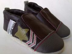 Combat Brown Barefoot, Cool Kids, Leather Shoes, Balenciaga, Toms, Brown, Sneakers, Fashion, Leather Loafers