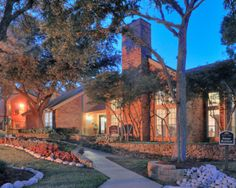 Love these apartments! 1 and 2 bedroom apartments in Fort Worth, TX  http://www.horizonsatsunridge.com/photogallery.aspx