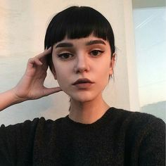 // Pinterest naomiokayyy  Makeup, Beauty, faces, lips, eyes, eyeshadow, hair, colour, ombre, body, body goals, fitness, workout, ink, tattoos