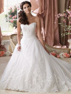 Style No. 114275  »  David Tutera for Mon Cheri  »  wedding dresses 2013 and bridal gowns 2014