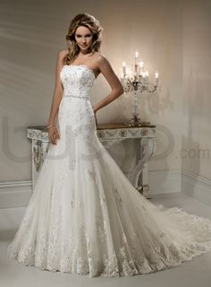 Lace Scalloped Neckline A-line Wedding Dress. Don't love the bottom but the top and mid section is cute.
