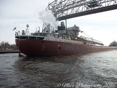 Cason J. Callaway going under the Aerial Lift Bridge, Duluth, MN - March 29, 2016 - Photo by Mei's Photography