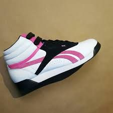 763d9207bd9 79 best Running Shoes images on Pinterest in 2018