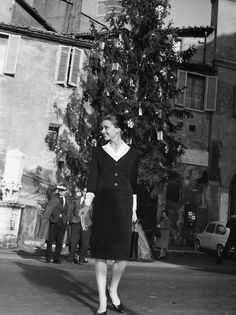 The actress Audrey Hepburn photographed by Pierluigi Praturlon near the Hotel Hassler at Piazza Trinità dei Monti in Rome (Italy), in January 1960.