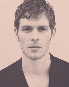 Vampire Diaries, Klaus ..yummy!!