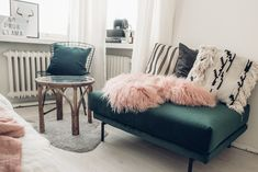 Tickle Your Fancy - Blogi | Lily.fi Ottoman, Lily, Fancy, Homes, Chair, Furniture, Home Decor, Houses, Decoration Home