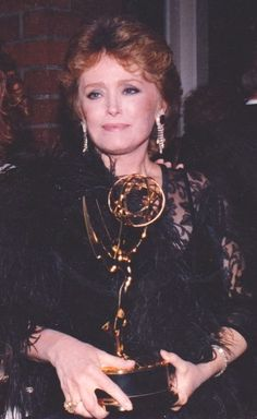 """Every kick's a boost"" It sure is! Rue McClanahan holding her Emmy for ""Outstanding Lead Actress""! She deserved it and so much more! I love her so much! Rue Mcclanahan, Estelle Getty, Fact Families, Betty White, Golden Girls, Classic Tv, I Tattoo, Famous People, Love Her"