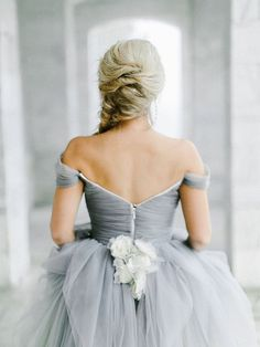 Tendance Robe De Mariée 2017/ 2018 : Grey Wedding Dress...