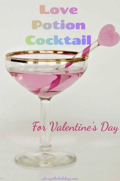 This Love Potion Cocktail for Valentine's Day is easy to make and romantic to share with a loved one. It uses vodka, pink grapefruit juice and peach schnapps. #lovepotion #valentinesday #cocktail Mardi Gras Food, Mardi Gras Party, Grapefruit Juice And Vodka, Pink Grapefruit, Superbowl Desserts, Pink Cocktails, Non Alcoholic Drinks, Beverages, Peach Schnapps
