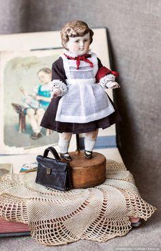 Дежурная Зина / Антикварные куклы, реплики / Шопик. Продать купить куклу / Бэйбики. Куклы фото. Одежда для кукол