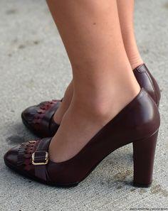burgundy shoes outfit - Hľadať Googlom
