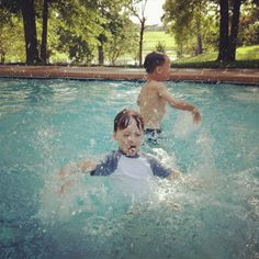 Anything better than a splash in the pool? Not for these guys!!