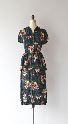 Button Mums dress vintage 1940s floral dress 40s by DearGolden