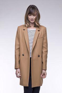 f1f0c9bc933e1 Manteau boyfriend femme camel en tissu armuré laine majoritaire. Jolies  finitions intérieures. Fabriqué en