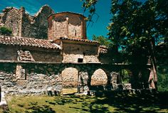 Beautiful #churchesinGreece See more here http://www.love4weddings.gr/ekklisies-gia-gamo-peloponisos/ #Greekchurches