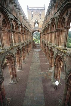 Jedburgh Abbey, Scotland, early 13th century. copyright © Martin McCarthy. All rights reserved.