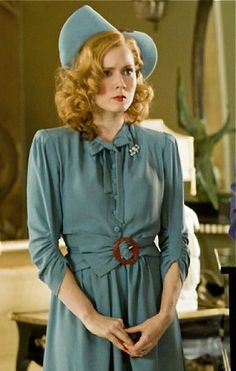 Amy Adams in Miss Pettigrew lives for a day-The cloths in this movie are beautiful