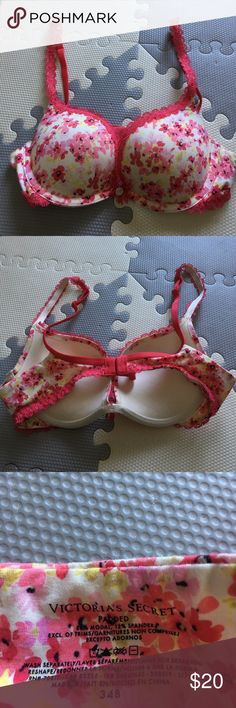 Victoria's Secret Bra Great condition used a couple time padded bra Victoria's Secret Intimates & Sleepwear Bras