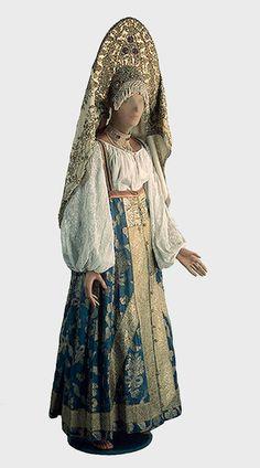 16-а-жен.праздн.сараф.рубаха,кокош.плат.-верхн.поволжье-19 (389x700, 174Kb)