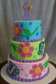 Hugs and Stitches By Launa on CakeCentral.com by etta