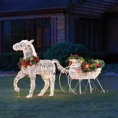 the lighted holiday horse drawn sleigh hammacher schlemmer - Christmas Horse Yard Decorations