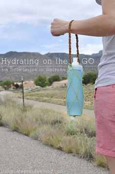 Hydrating on the GO + Macrame Water Bottle holder. This was so easy to make, I want to try on all my water bottles now! Delineateyourdwelling.com