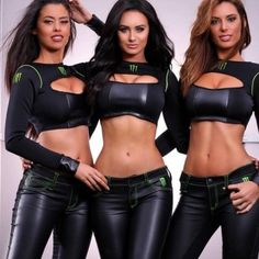 Monster energy girls are hotter than playboy bunnies, change my mind! 🔥⚠🔥 —————————————————- If you wanna dress sexy as Monster girls check link in my bio👆 Leather/Wet look leggings, skirts, dresses. Filles Monster Energy, Monster Energy Girls, Monster Girl, Wet Look Leggings, Shiny Leggings, Pit Girls, Promo Girls, Elegantes Outfit, Hot Brunette
