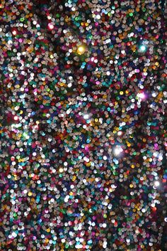 Multicoloured sequins
