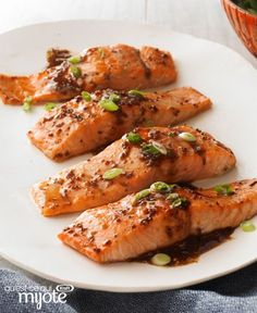 Our fig balsamic dressing is the star in this simple salmon dish. Either way, these Maple-Balsamic Salmon Fillets make a great entrée with a side of steamed rice and fresh green beans. Salmon Recipes, Veggie Recipes, Seafood Recipes, Cooking Recipes, Healthy Recipes, What's Cooking, Keto Recipes, Vegetarian Recipes, Salmon Dishes