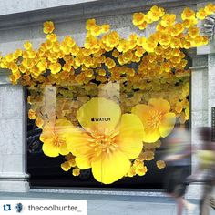 "SELFRIDGES,London,UK, ""Apple takes over the windows to promote the Apple Watch"",photo by Coolhunter, pinned by Ton van der Veer"
