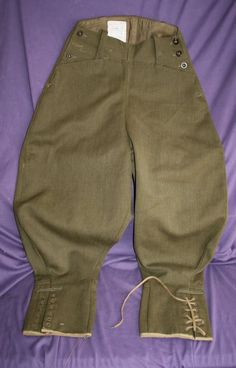 Original WLA drill breeches (1942).  When cotton for the corduroy breeches was in short supply, the WLA breeches were made out of whipcord wool.