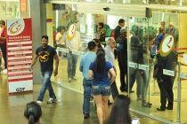 Atendimento normalizado em três postos do Na Hora - http://noticiasembrasilia.com.br/noticias-distrito-federal-cidade-brasilia/2015/06/08/atendimento-normalizado-em-tres-postos-do-na-hora/