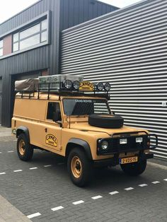Land Rover Defender 110 Tdi hard- Camel Trophy prepared. It like me too much.