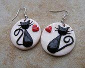 Items similar to Gatos negros en amor pendientes de arcilla de polímero on Etsy