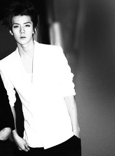 sehun. the intensity in his eyes makes me fall for him everytime <3