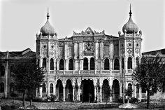 Taksim Kışlası-1880.(1780-1940) yılları arasnda İstanbul Taksim Meydanı'nda bulnan yapı. Günümüzün Taksim Gezi Parkı.