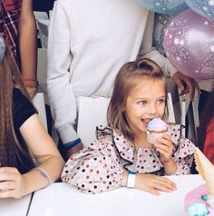 VK is the largest European social network with more than 100 million active users. Cute Kids, Cute Babies, Anastasia Knyazeva, Anna Pavaga, Russian Models, First Photo, Family Photography, Little Girls, Lincoln
