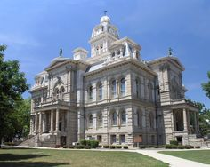 Shelby County Courthouse. Sidney, Ohio. 1900 population: 5,688