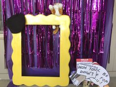 Themed parties 20055160826173342 - This entire post shares great ideas for a FRIENDS Themed party – this photo is a friends themed photo booth Source by goodstuffmama 13th Birthday Parties, Grad Parties, 21st Birthday, Birthday Ideas, Themed Parties, Pool Parties, Card Birthday, Birthday Quotes, 21st Party Themes