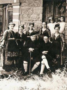 Greek Costumes, Folk Dance, Greece, Art Deco, Dreams, Memories, Traditional, Concert, Movie Posters