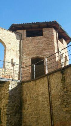 Scorcio delle mura di Castellarano, Reggio Emilia