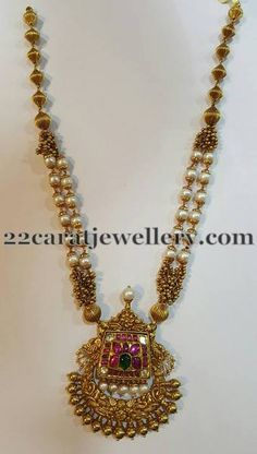 Jewellery Designs: Antique Pendant with Pearl Layers-ma fav Kids Gold Jewellery, Gold Temple Jewellery, Real Gold Jewelry, Gold Jewelry Simple, Gold Wedding Jewelry, Indian Jewelry, Pearl Jewelry, Ethnic Jewelry, Jewelery